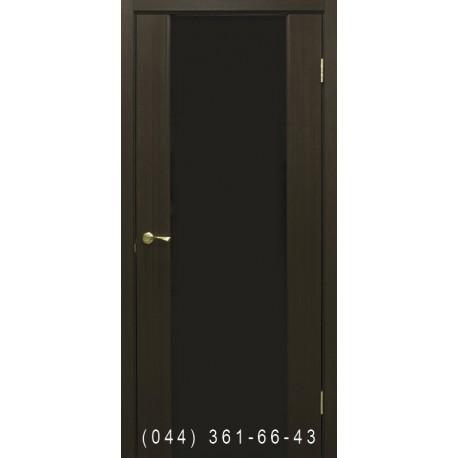 Двері Прем'єра венге зі склом (триплекс чорний)