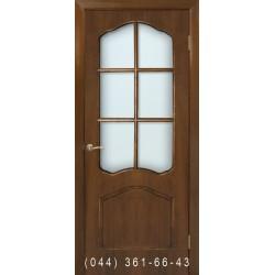 Двері Кароліна горіх зі склом (сатин матовий)