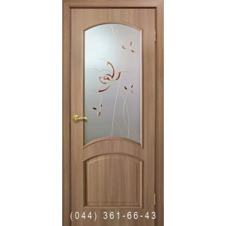 Двери Адель ПВХ дуб золотой со стеклом (матовое) + рис.