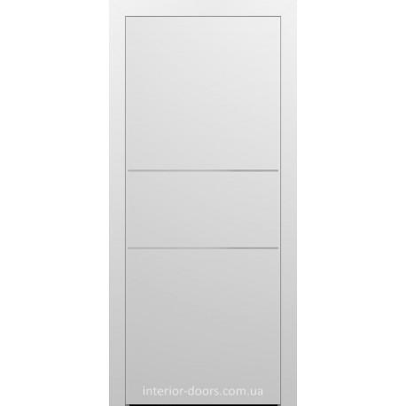 Двери межкомнатные Брама 7.22 белая эмаль глухие с молдингами хром